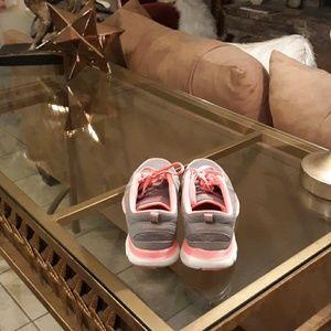 Skechers Shoes - Skechers